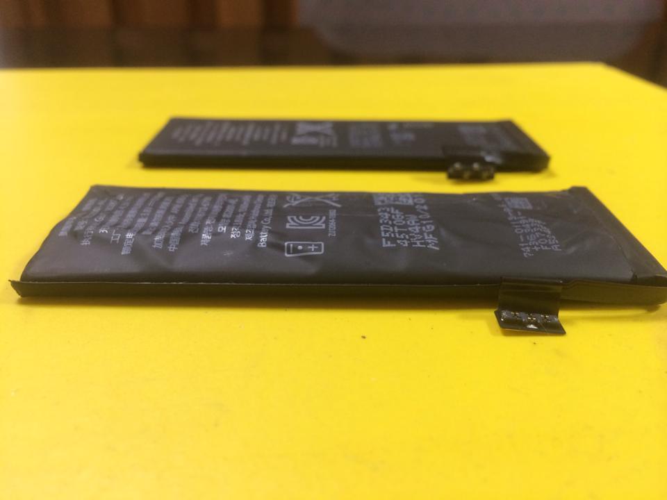 iPhoneの劣化したバッテリー_2